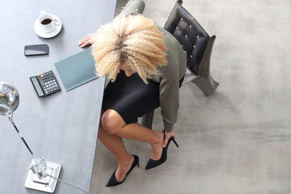 Причины отеков ног во время работы
