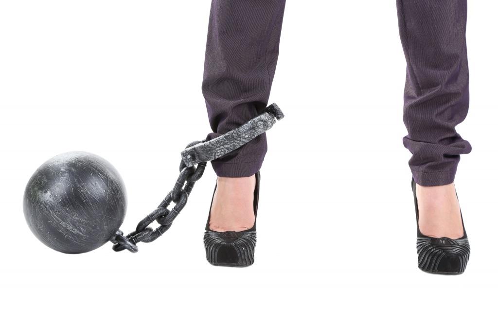 От чего бывает тяжесть в ногах